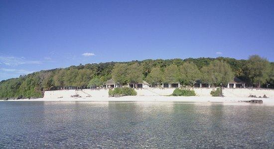 Mangaia, Quần đảo Cook: Die Villas vom Wasser aus