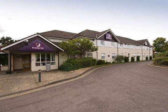 Premier Inn Caerphilly Crossways hotel