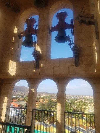 Bell/clock tower