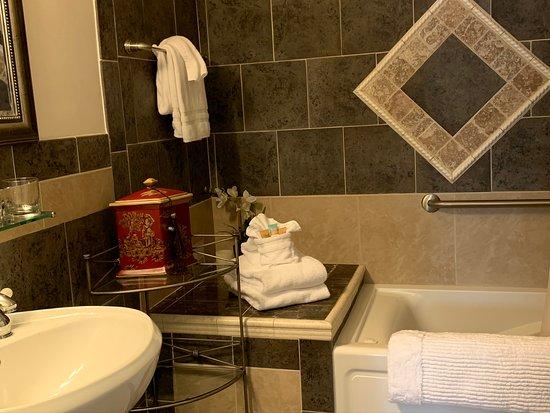 Orient Express bathroom