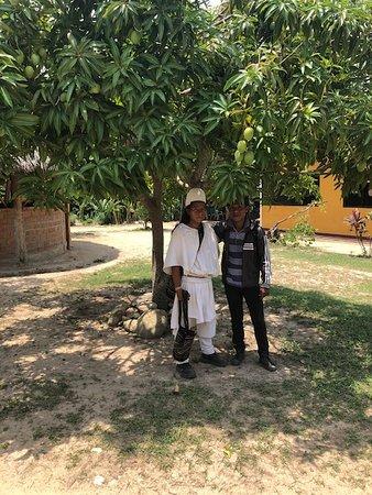 Aracataca, Kolumbie: Indigenous member of the Arhuaca tribe, local to the region