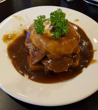 Shullsburg, WI: Hot Roast Beef