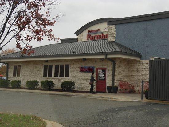 The Restaurant Picture Of Johnny S Farm House Mooresville Tripadvisor