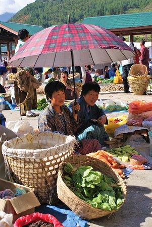 Bután: Settembre 2008, mercato di Paro.