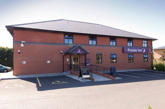 Premier Inn Yeovil Airfield hotel