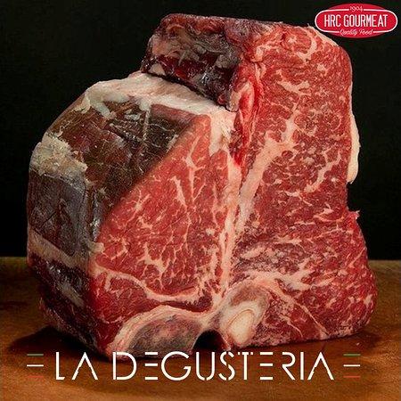 La Degusteria : ristorante di carne in Via Nocera Umbra 200- quartiere Furio Camillo - Tuscolana. Carne cotta al Jopser : PARRILLA , ROBATA