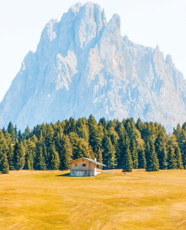 South Tyrol Dolomites, Italia: Would you stay here?