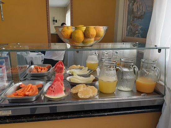 Sao Goncalo Do Sapucai, MG: Variedades de frutas, tudo muito bom.