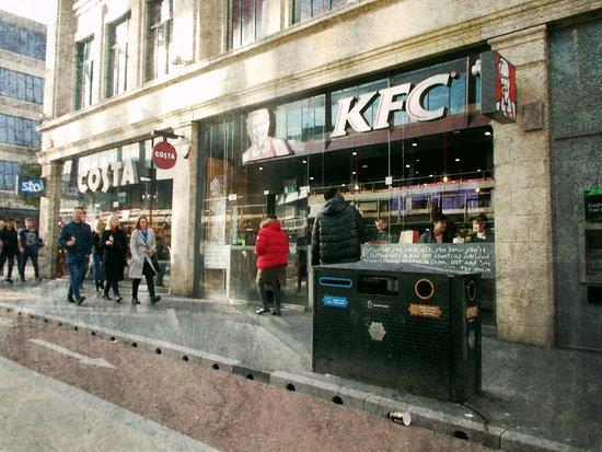 Kfc Manchester 12a Oxford Rd Restaurant Reviews Photos