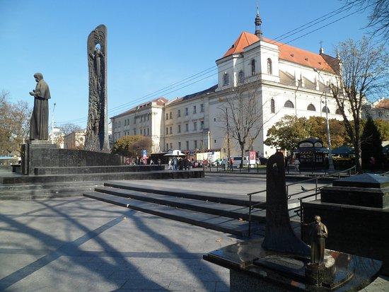 Taras Schevchenko monument and his miniature