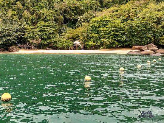 Paquete de Tours Especiales - Schooner Tour + Jeep Tour en Paraty: toutes les plages au Brésil sont publiques, il suffit d'en choisir une sympa et de s'y baigner !