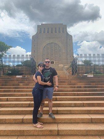 Frente do Voortrekker Monument.