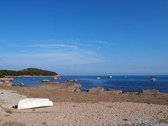 Corse-du-Sud, Fransa: sandy beach n Capicciola resort