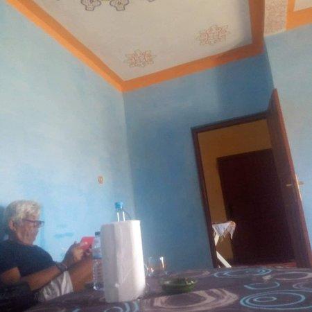 Takoujt, Marruecos: Desert kiwi house