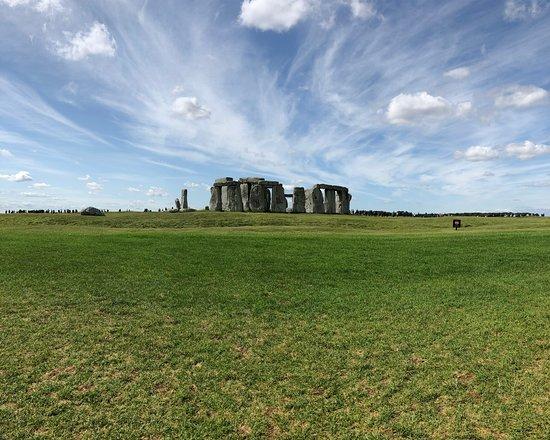 Entrada para Stonehenge: Stonehenge - July 2019  The sky was beautiful that day.