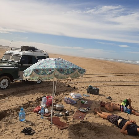 Sidi Ouarsik, Marruecos: Trip with 4×4 for south Morocco desert and beautiful sea and adventure with Maison Diyani , welcome
