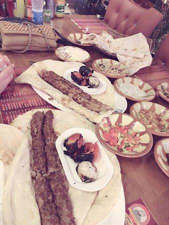 Fallujah, Iraq: طعام المطعم