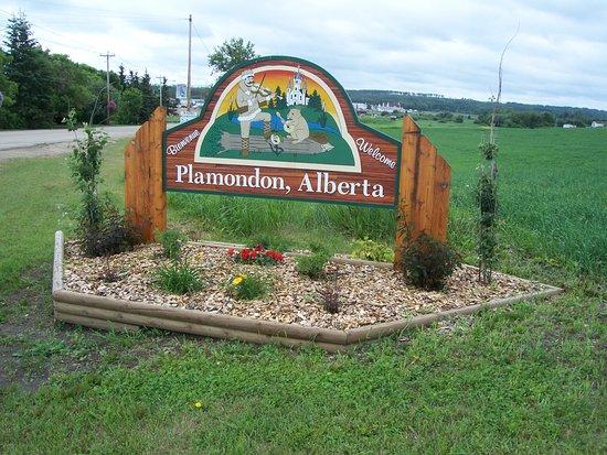 Welcome to the hospitality of PLAMONDON, ALBERTA, CANADA!