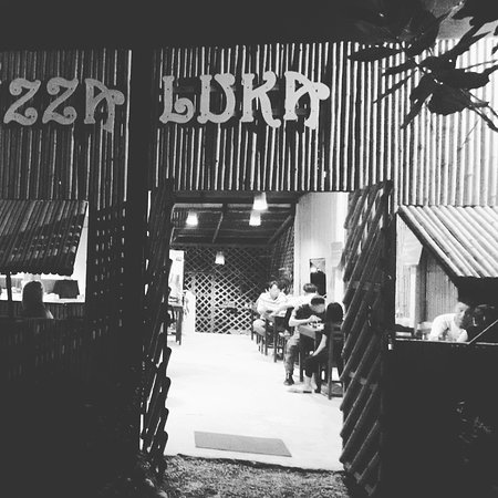 Pizza Luka Vang Vieng
