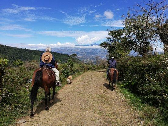 אורוסי, קוסטה ריקה: Tour