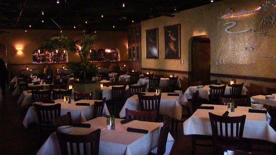 Bonefish Grill: Inside