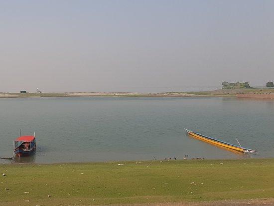 Bhuapur, Bangladesh: Boat