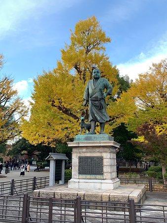 上野と言えば西郷さん