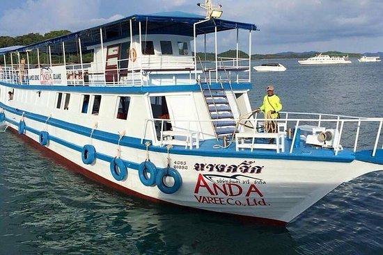 JAMES BOND ISLAND 4 IN 1 (Met kanoën)