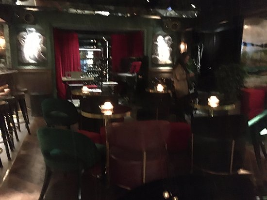 The Black Sheep - Cocktail Theatre