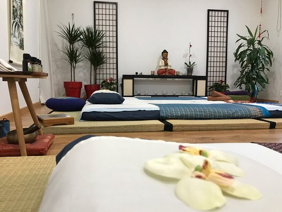 ShenSations: Shiatsu & Massages