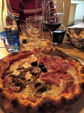 Santa Maria Hoe, Italy: Pizza