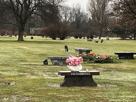 East Lawn Memory Gardens Cemetery