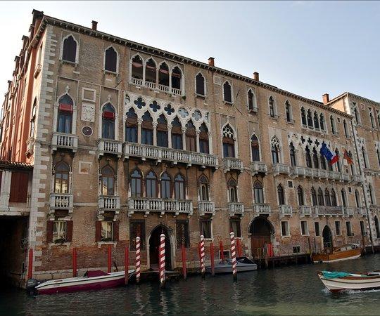 Palazzo Giustinian Faccanon