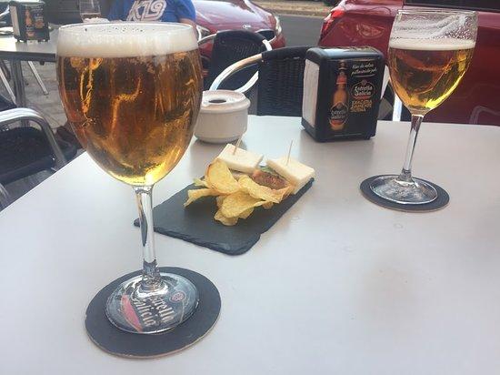 cervezas en la terraza
