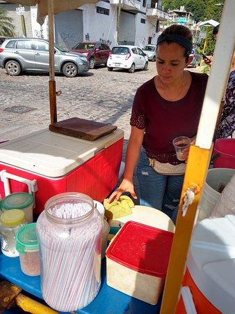 푸에르토 발라 타의 시그니처 타코 및 길거리 음식 투어 사진