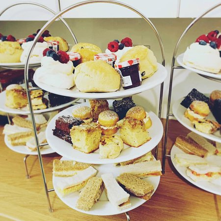 The March Hare Tearooms: afternoon tea
