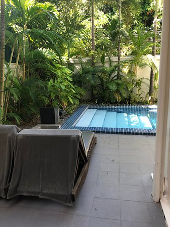 Private pool room