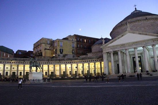 Hotel Cimarosa, hoteles en Nápoles