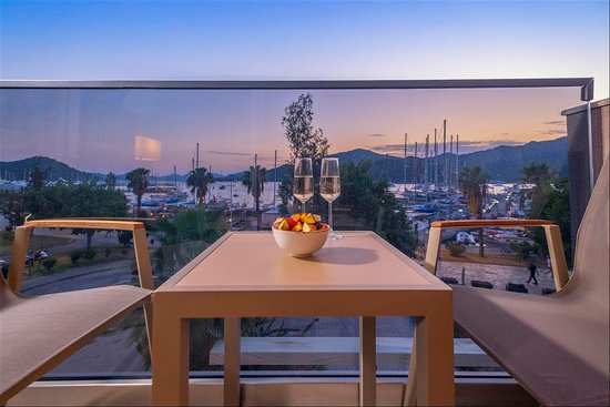 Balcony view of rooms / Odalara ait balkon manzarası
