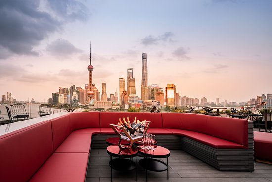 Lounge terrace with nice bund view at day time
