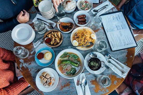 Filipino Food Tour & Lunch in the East Village: Filipino Lunch Food Tour in the East Village