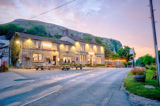 The Tennants Arms Hotel