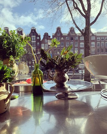 Fresh mint and summer days in Amsterdam