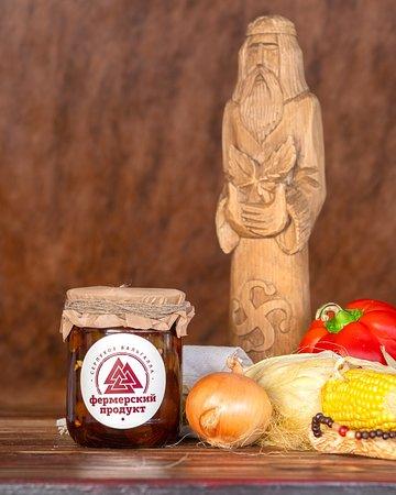 Ферма при ресторане — неиссякаемый источник свежих и экологически чистых ингредиентов для наших блюд.