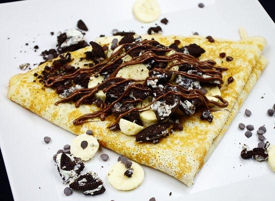 Crepe, bananas, oreos and nutella