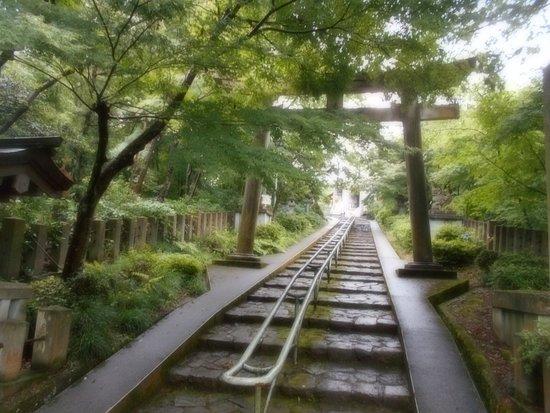 Asuwayama-Shokonsha Shrine