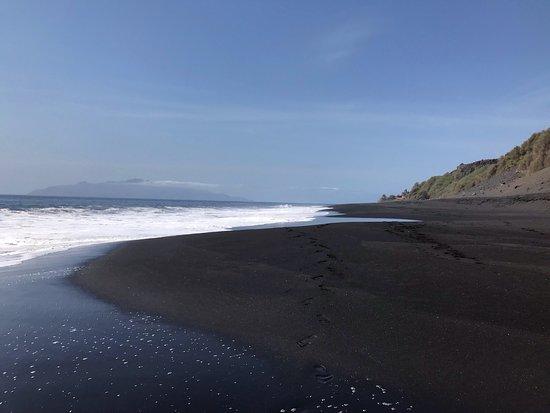 Фогу, Кабо-Верде: Meravigliosa spiaggia a Sao Felipe, dalla Pensao Tortuga