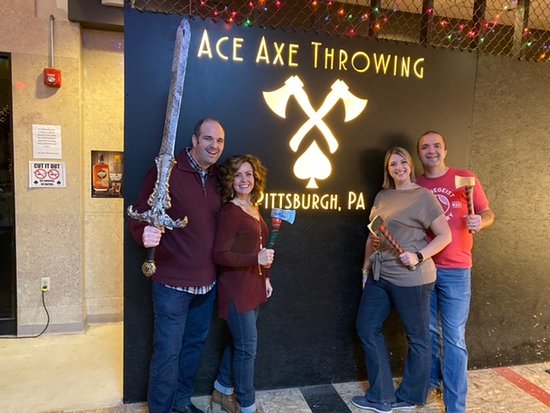 1 Hour - Axe Throwing Session in Pennsylvania: Great fun!