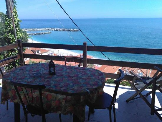 Mola Kalyva, Grecia: the view from the balcony ..Aegean Sea.
