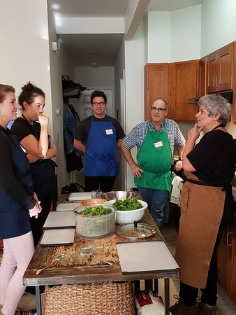 Comida libanesa y tour de compras con League of Kitchens: Sharing stories